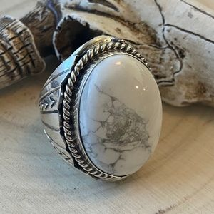 T Yazzie Howlite & Sterling Mens Ring Size 11